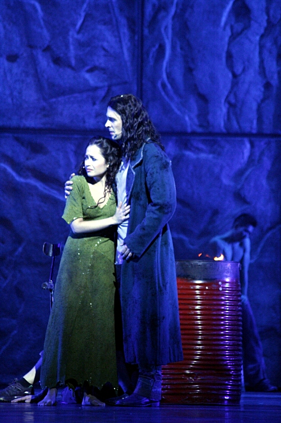 Candice Parise as Esmeralda and Dennis Ten Vergert as Gringoire Asian Tour Notre Dame de Paris picture image