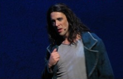 Dennis Ten Vergert as Gringoire 2012 Asian Tour Notre Dame de Paris picture image