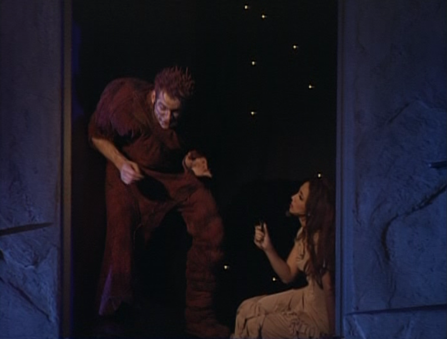Garou as  Quasimodo and Helene Segara as Esmeralda Notre dame de Paris picture image