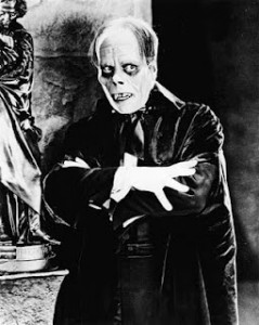 Lon Chaney as the Phantom of the Opera picture image