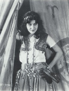 Patsy Ruth Miller as Esmeralda 1923 Hunchback of Notre Dame picture image