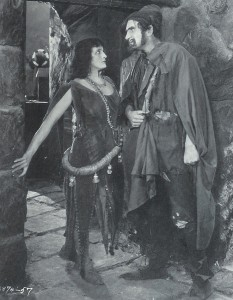 Eulalie Jenson as Marie 1923 Hunchback of Notre Dame picture image