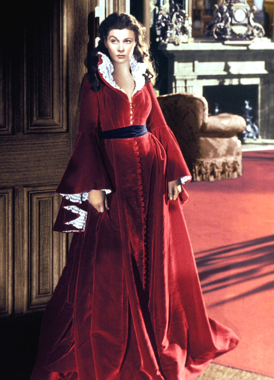 Top ten movie dressing gowns for Who played scarlett o hara in gone with the wind