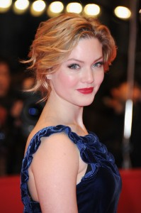 Holliday Grainger picture image