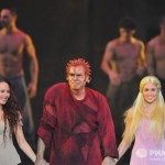 Elicia MacKenzie as Fleur de Lys, Matt Laurent as Quasimodo &amp; Alessandra Ferrari as Esmeralda, Notre Dame de Paris World Tour Cast picture image