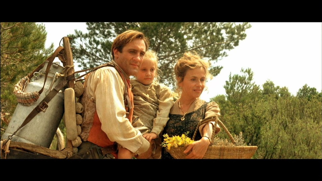 Gérard Depardieu as Jean with his wife Aimee (Elisabeth Depardieu) and Daughter Manon (Ernestine Mazurowna), Jean de Florette picture image
