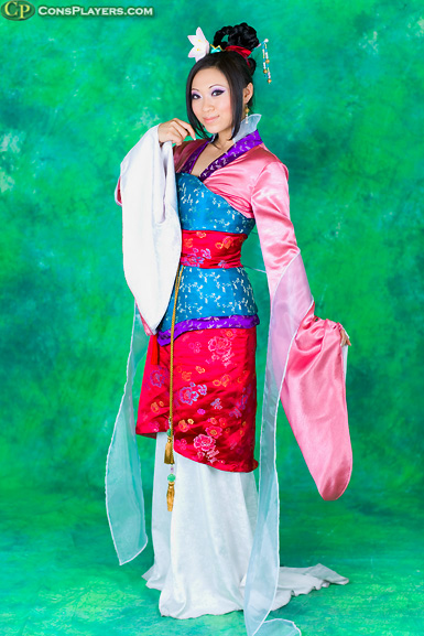 Yaya Han as Mulan