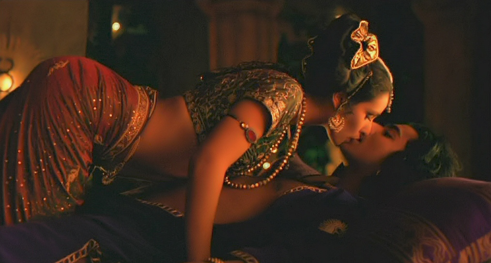 Indira Varma as Maya and Naveen Andrews as Raj Singh,  KamaSutra; A Tale of Love picture image