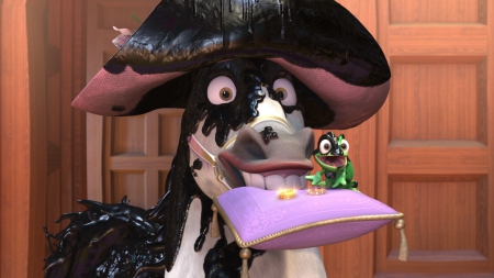 Max and  Pascal presenting the rings Tangled Ever After picture image