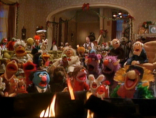A Muppet Family Christmas picture image