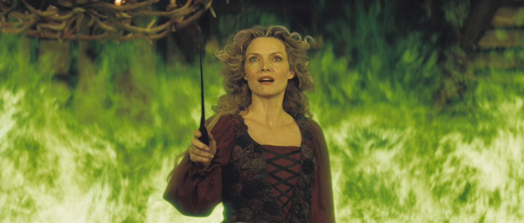 Michelle Pfeiffer as Lamia stardust picture image