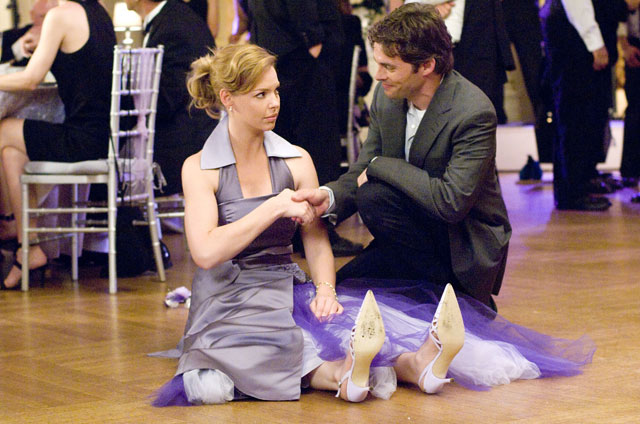 Katherine Heigl as jane in ugly purple dress with James Marsden as Kevin 27 Dresses picture image