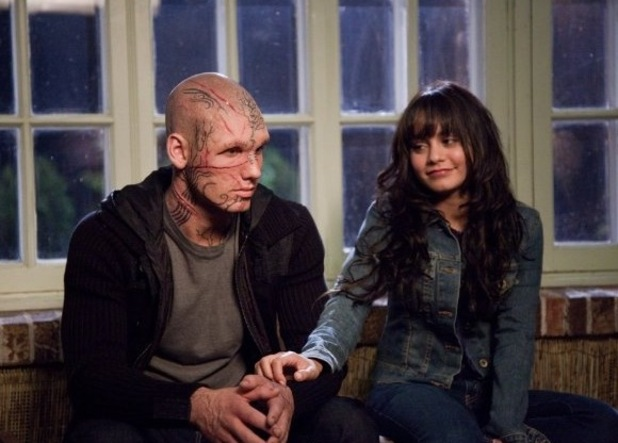 Alex Pettyfer as Hunter/Kyle and Vanessa Hudgens as Lindy Beastly picture image