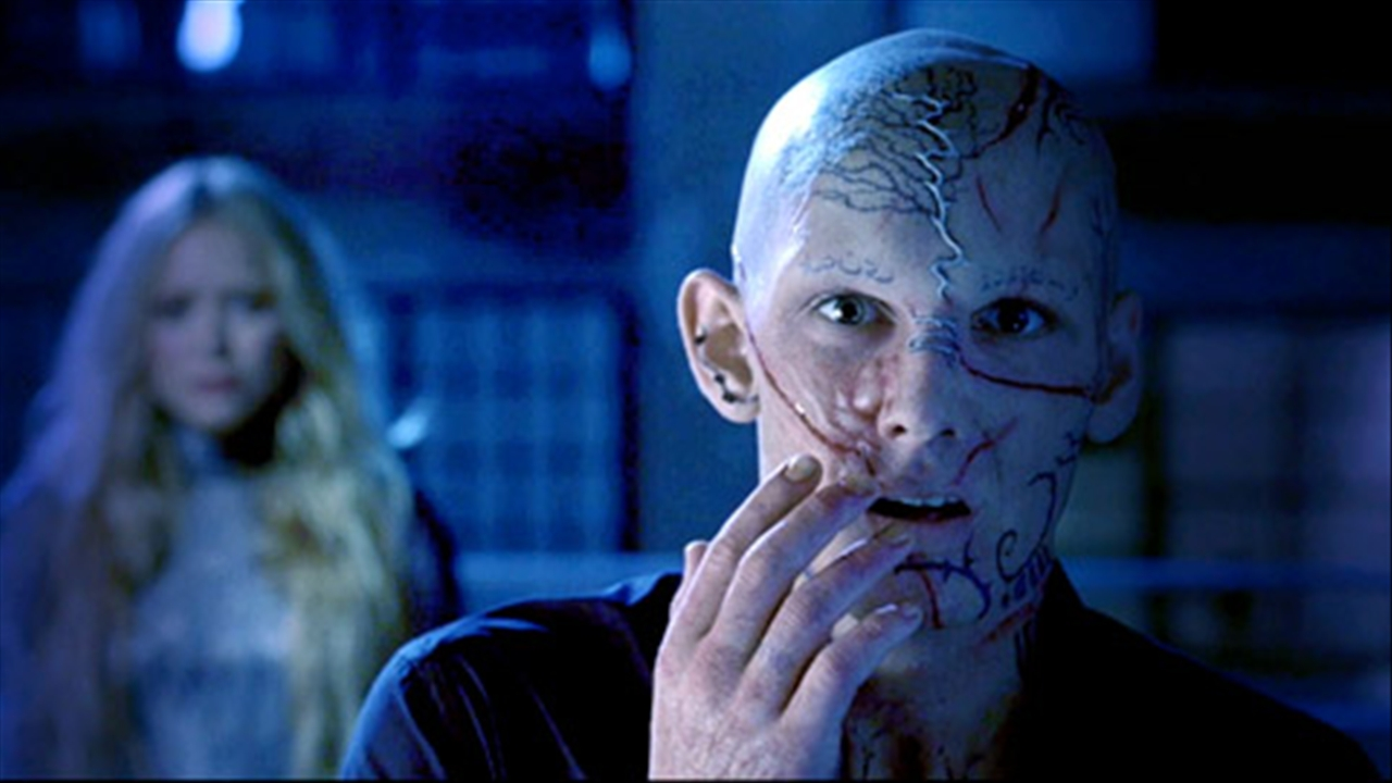 Alex Pettyfer as Hunter/Kyle  with Mary-Kate Olsen as Kendra the witch Beastly picture image