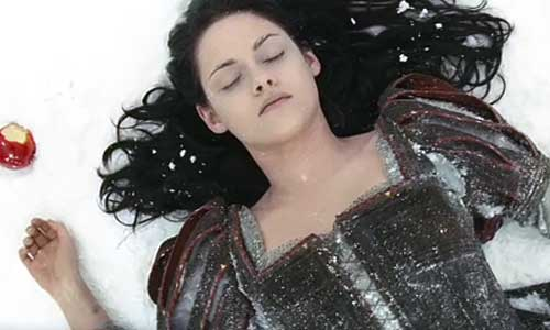 Kristen Stewart as Snow White Snow White and the Huntsmen picture image