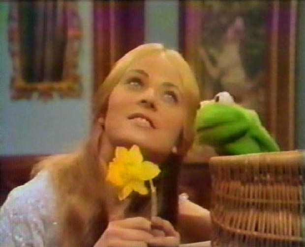 Trudy Young as Princess Melora with Robin Jim Henson's The Frog Prince picture image