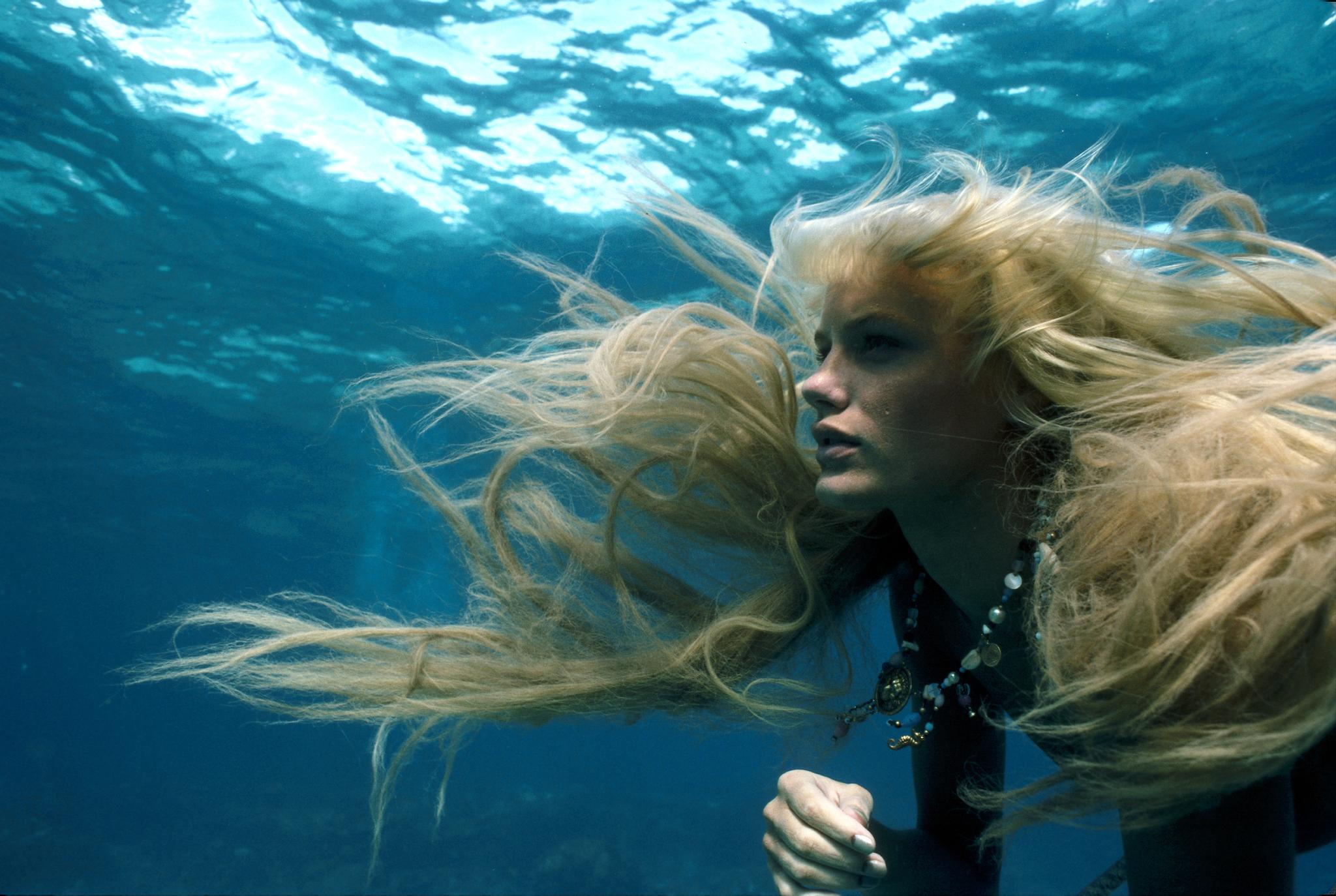 Daryl Hannah as Madison Splash picture image