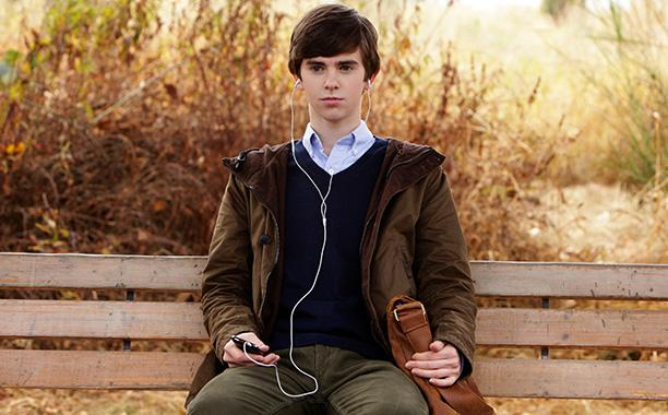 Freddie Highmore as Norman Bates Bates motel picture image