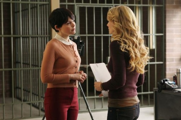 Ginnifer Goodwin as Mary Margaret & Jennifer Morrison as Emma Swan ABC's Once Upon a Time, Heart of Darkness picture image
