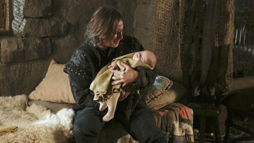Robert Carlyle as Rumplestiltskin Once Upon a Time Season 2 Episode 14 Mahhattan picture image