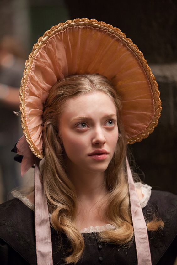 Amanda Seyfried as Cosette in 2012 Les Misérables picture image