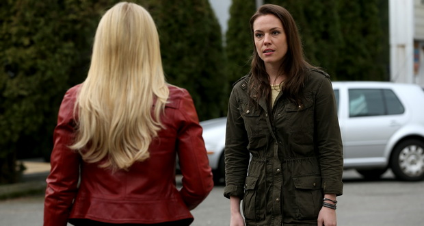 Jennifer Morrison as Emma Swan and Agnes Bruckner as Lily Once Upon a Time Season 4 Episode 20 Lily Review picture Image