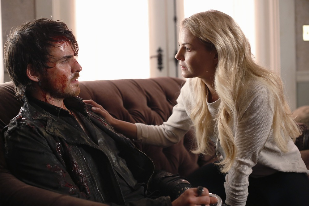 Jennifer Morrison as Emma Swan & Colin O'Donoghue as Captain Hook Once Upon a Time Season 5 Episode 15 The Brothers Jones review picture image