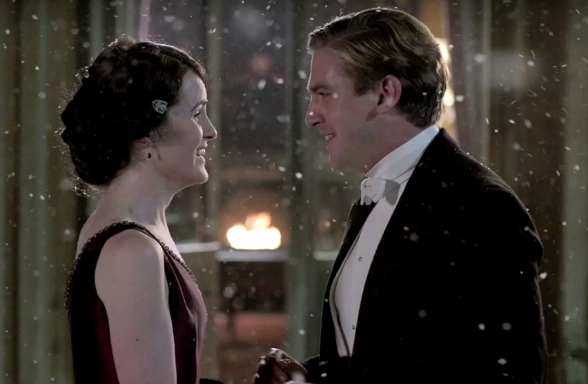 Michelle Dockery as Lady Crawley and Dan Stevens as Matthew Crawley Downton Abbey Christmas Special picture image