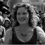 Esmeralda Smiling, Maureen O'Hara 1939 HUnchback of Notre Dame  picture image