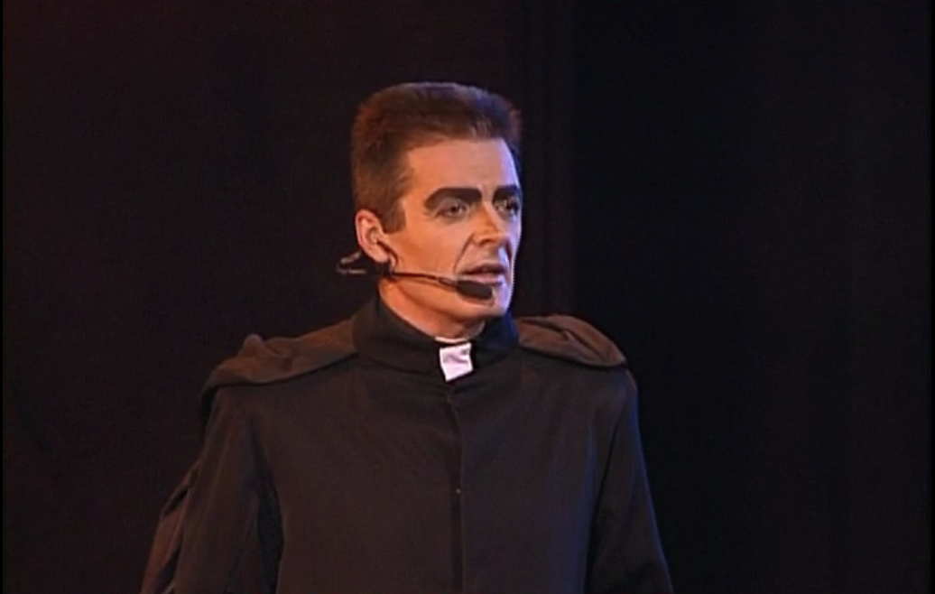Daniel Lavoie as Frollo Notre Dame de Paris picture  image