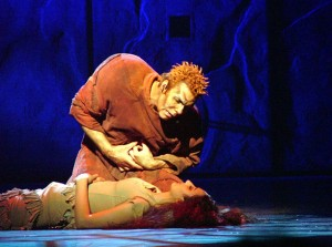 Matt Laurent as Quasimodo in the Asian tour cast of Notre Dame de Paris with Nadia Bel as Esmeralda picture image picture image