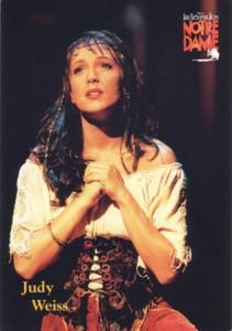 Judy Weiss as Esmeralda in Der Glöckner von Notre Dame