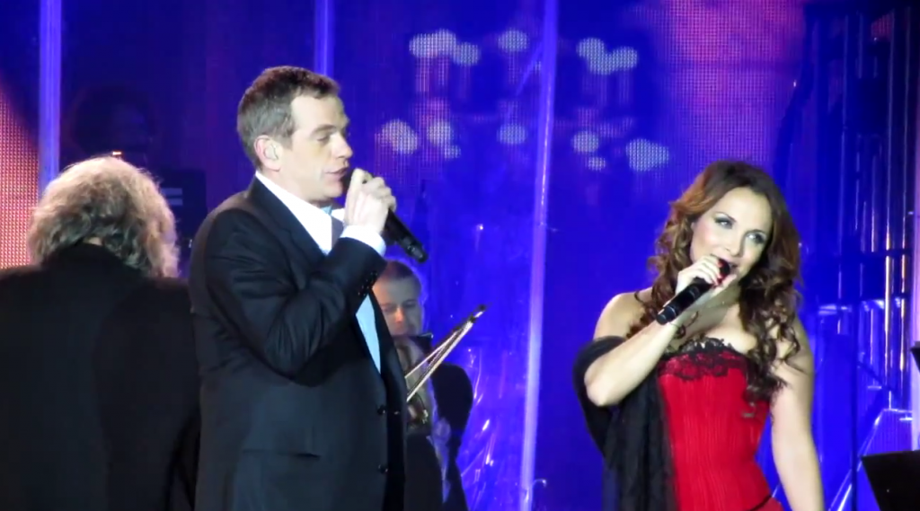 Garou and Helene Segara performing Ma Maison c'est Tu Maison in Kiev
