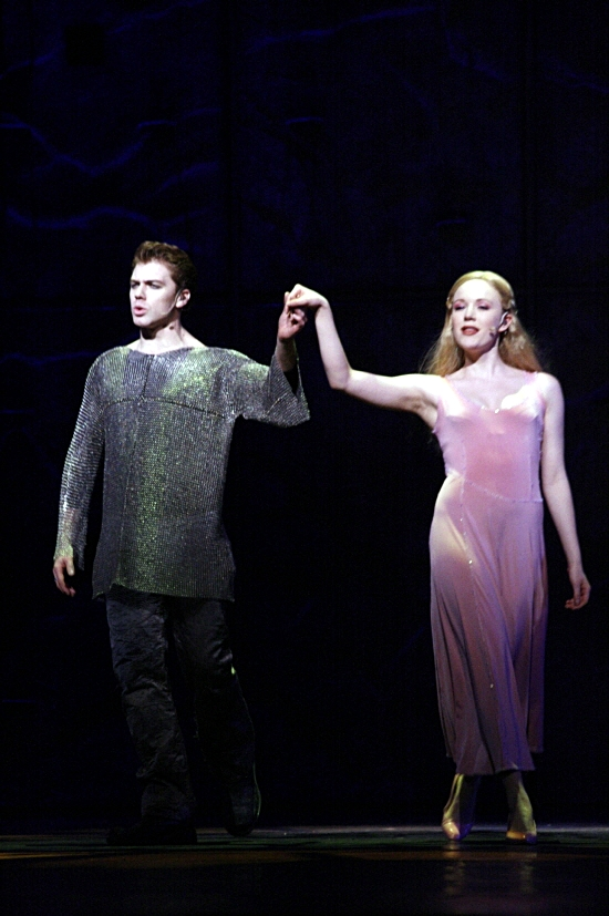 Stephen Webb as Phoebus and Lily-Jane Young as Fleur de Lys Asian Tour Notre Dame de Paris picture image