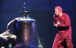 Matt Laurent as Quasimodo 2012 Asian Tour Notre Dame de Paris picture image