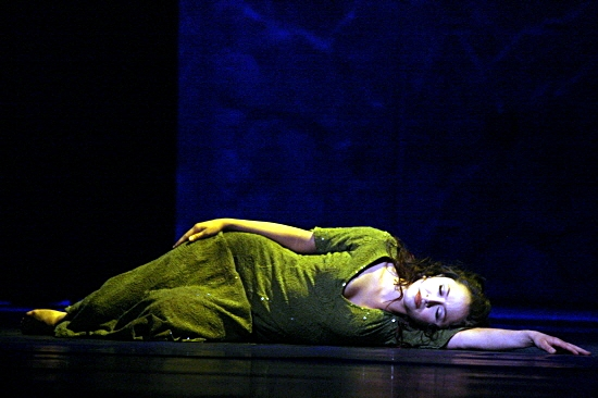 Candice Parise as Esmeralda Asian Tour Notre Dame de Paris picture image
