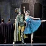 La Esmeralda Ballet with Phoebus picture image