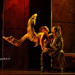 Ian Carlyle as Clopin with Dancer 2012 Asian Tour Cast Notre Dame de Paris picture image
