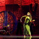 Candice Parise as Esmeralda & Matt Laurent as Quasimodo, Notre Dame de Paris Asian Tour picture image
