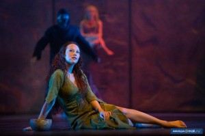 Alessandra Ferrari as Esmeralda, World Tour Cast Notre Dame de Paris, Crocus City picture image