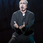 Robert Marien as Frollo , Notre Dame de Paris World Tour Cast picture image