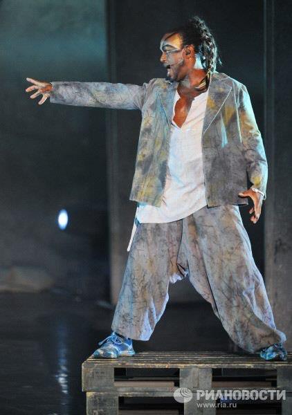 Ian Carlyle as Clopin,Notre Dame de Paris, World Tour, Crocus City Hall ,picture image
