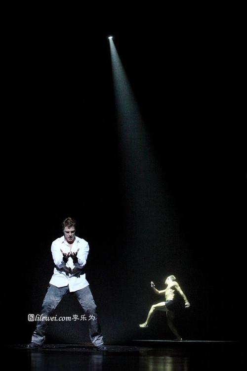 Stephen Webb as Phoebus, 2012 Asian Tour of Notre Dame de Paris