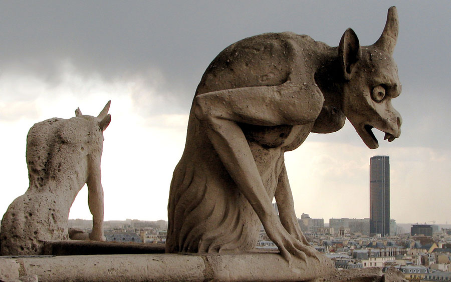 Notre Dame's Gargoyle picture images