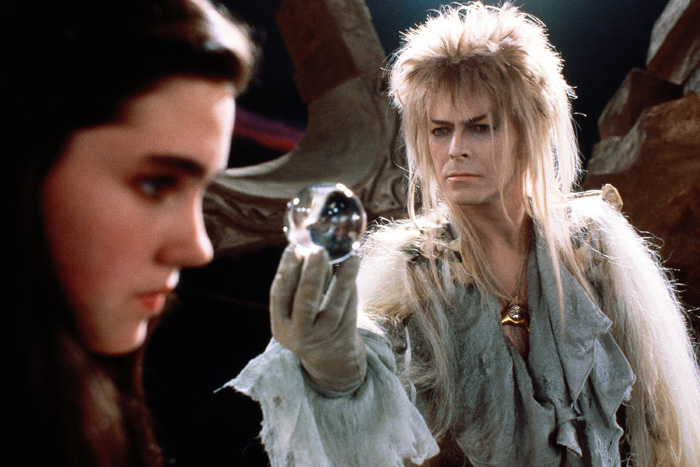 Jareth offering Sarah her dreams jennifer Connnlley David Bowie  Labyrinth picture image