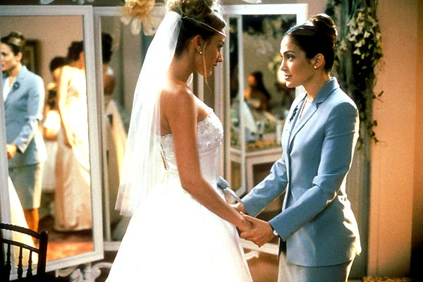 Mary (Jennifer Lopez) comforting a bride The Wedding Planner picture image
