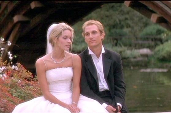 Steve (Matthew McConaughey) with Fran ( Bridgette Wilson-Sampras) The Wedding Planner picture image