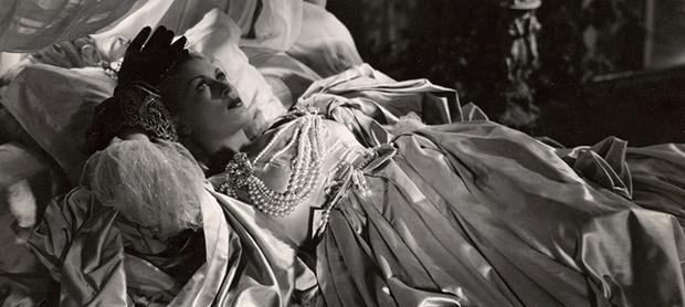 Josette Day as Belle La Belle et la Bete Jean Cocteau 1946 picture image