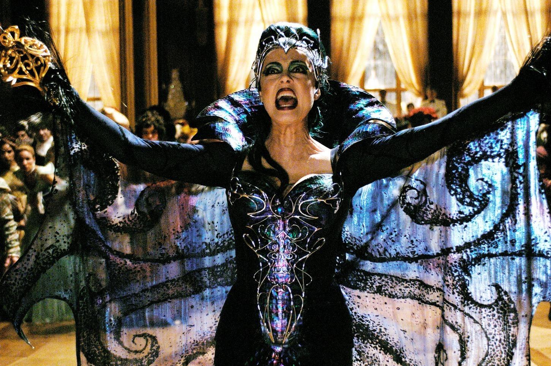 Susan Sarandon as Queen Narissa Enchanted picture image