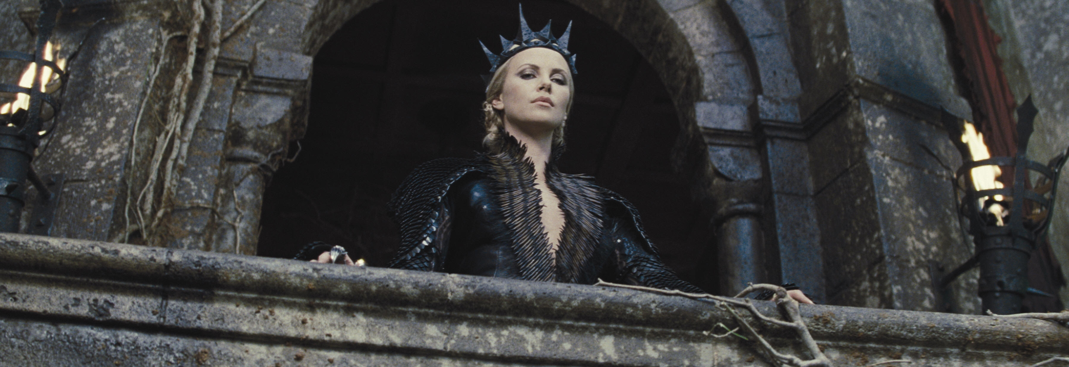 Charlize Theron as Queen Ravenna  Snow White and the Huntsmen picture image picture image